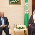 البرلمان العربي يطالب جميع الأطراف اليمنية بالالتفاف حول المبادرة السعودية