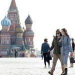 فرض إجازة لمدة أسبوع في روسيا للسيطرة على انتشار كورونا